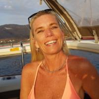 Debbie W. (1st time sailing trip)