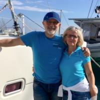 <em>Kornelia & Joachim K. (selbst Segler, zum 1. Mal bei PAGOMO an Bord)</em>